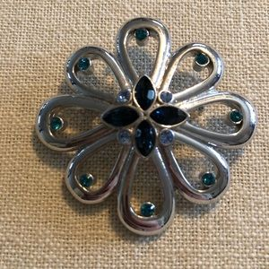 Jewelry - Beautiful silver brooch with blue stones